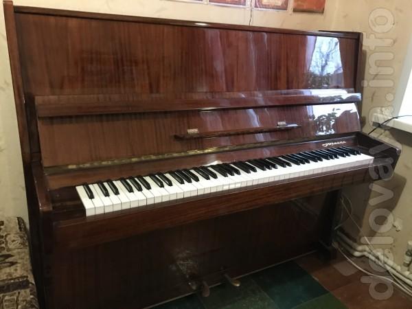 Продам пианино «Украина» в хорошем состоянии. Торг уместен.