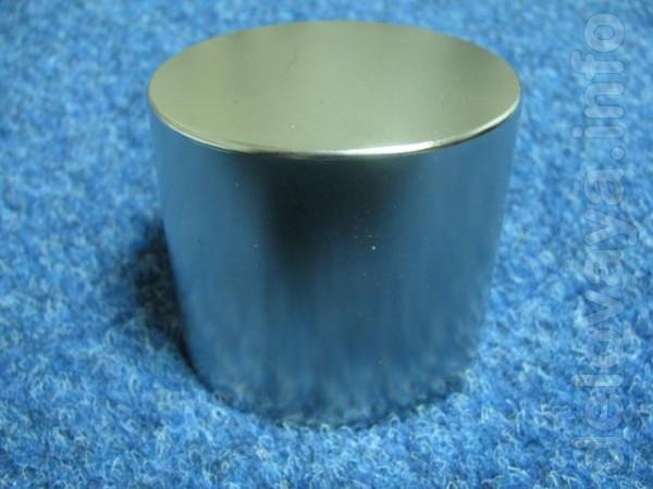 Продам Неодимовый магнит 70x60 Размер: D70xH60mm Форма: Шайба(NdFe