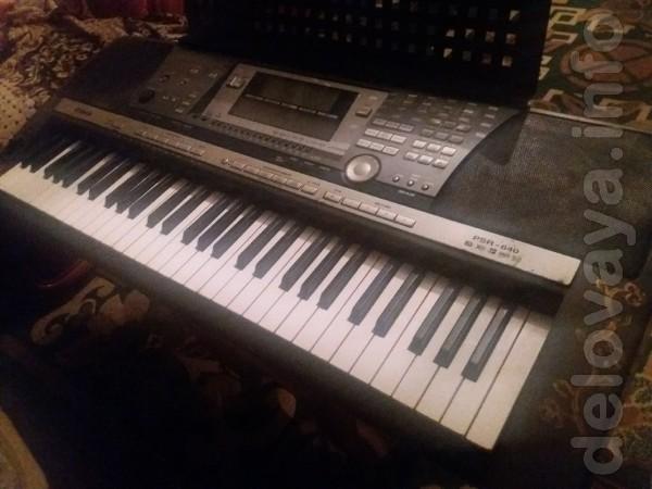 Продам профессиональный синтезатор Yamaha psr 640, в хорошем рабочем