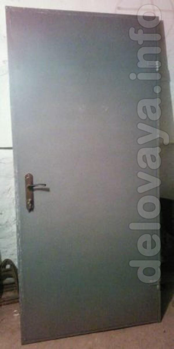 Продам б/у изделия из металла: -Двери -Ляды -Ворота гаражные -Ворота