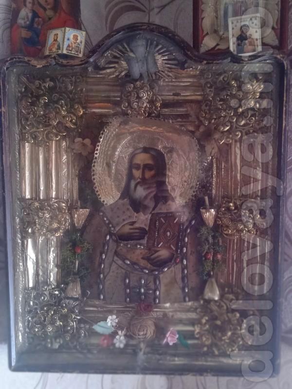 Продам старинную икону Николая Чудотворца высота 70см, ширина иконы 6