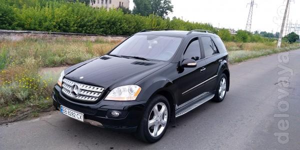 Продам своё авто Mercedes-Benz ML500 2007 года выпуска, первая регист