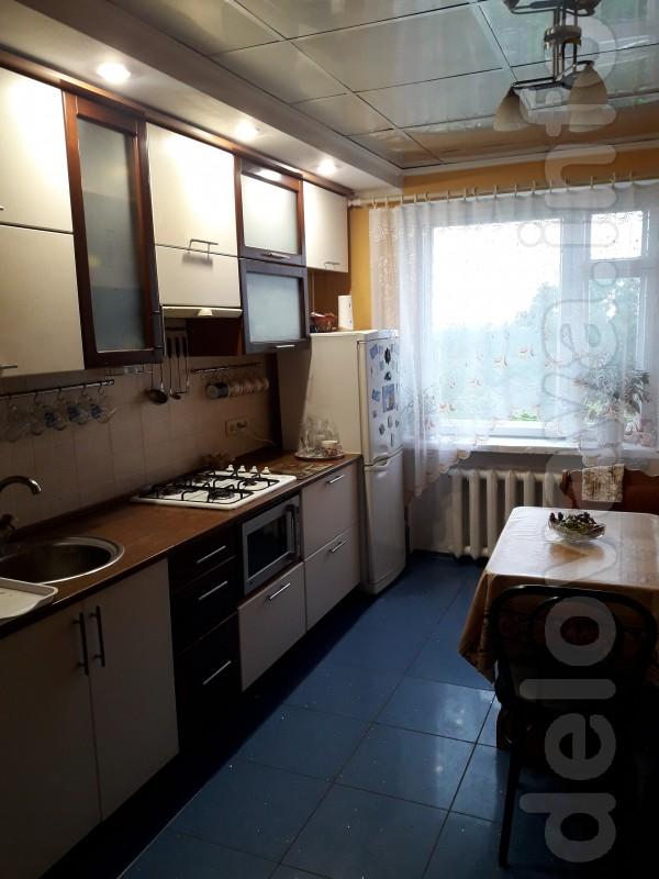 Продам 3-х комнатную квартиру с мебелью в районе Кирова гора , возмож