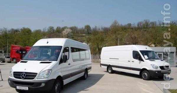 'Mercedes'. Вантажні та пасажирські перевезення (8 місць, довж. борту