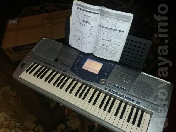 Продам качественный, професиональный синтезатор, состояние идельное к