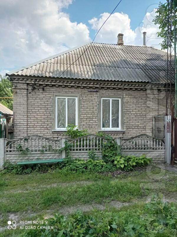Продам дом на Красной в р-не старой пожарной части, барачного типа с