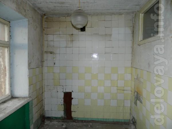 3-х комнатная квартира на 1 микрорайоне с отрезаным отоплением. Части