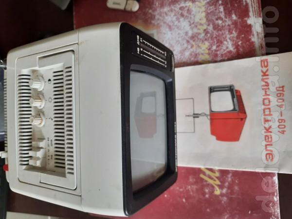Телевизор 'Электроника' 409Д (450 грн.) и монитор LG Flatron T710BH (