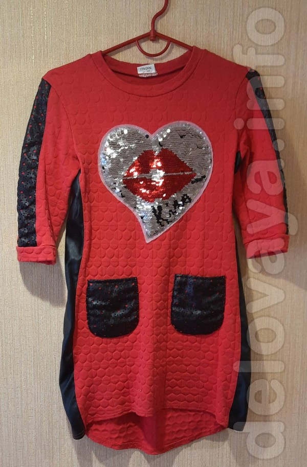 Платье с кожаными вставками для девочки 7-10 лет. Длина спереди - 67