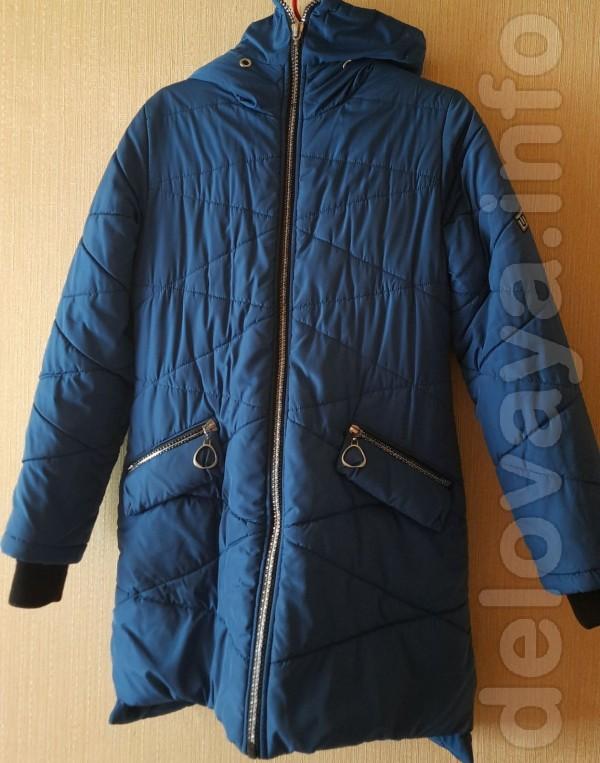 Зимняя куртка для девочки 9-12 лет. Длина спереди - 75 см, длина по с
