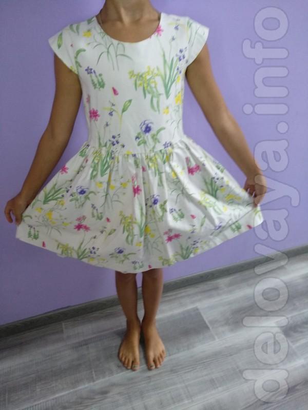 Продам платья для девочки 5-6лет 110-116см.рост отличное состояние 10
