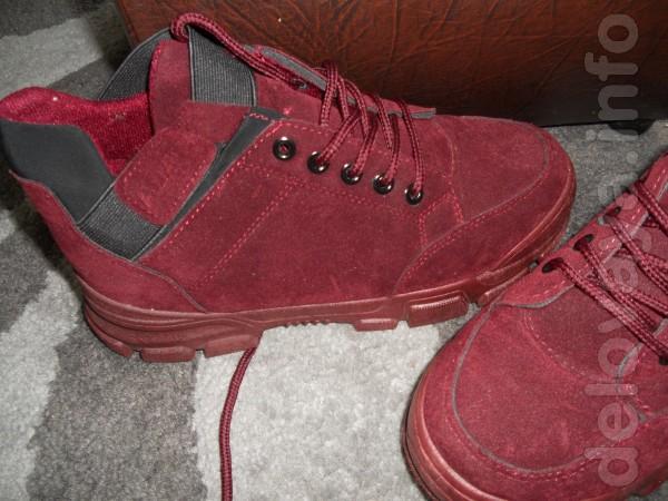 продам ботиночки бордового цвета весна осень. в отличном состоянии од