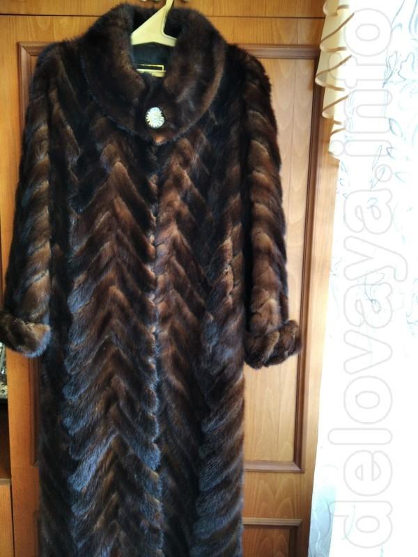 Шуба из норки, размер 52-54. Цена 5000 грн. Пальто зимнее, воротник -