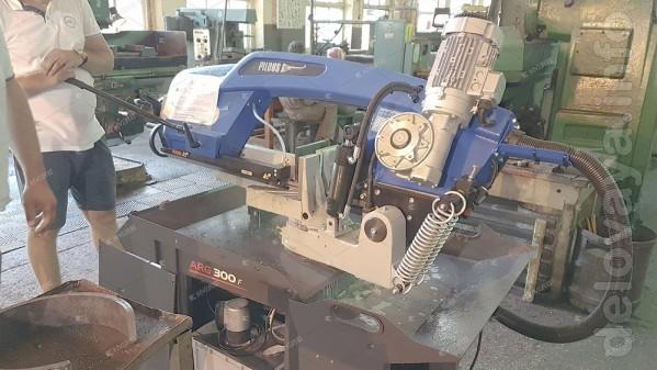 Пила ленточная по металлу Pilous ARG 300 F предназначена для резки сп