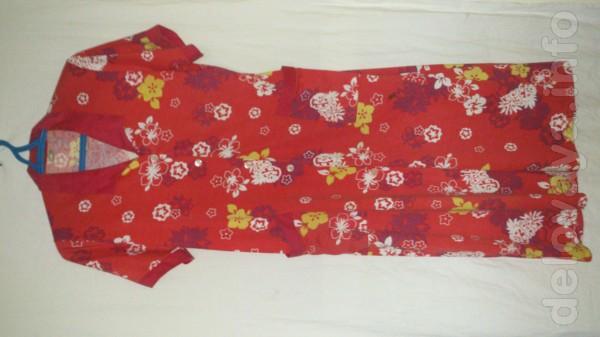 Продам женский халат. Размер 49 - 50. (Новый). Цена 120 гр.