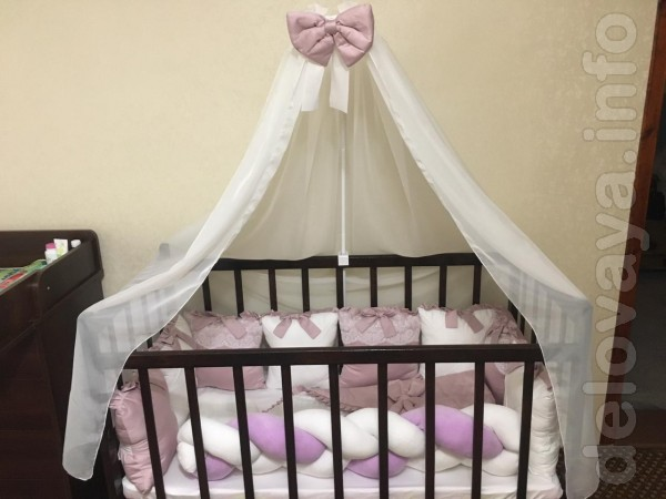 Комплект ручной работы для принцессы: простынка, подушка, одеялко-кон
