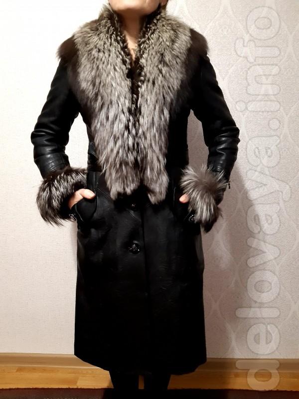 Продам пальто зимнее кожаное, воротник чернобурка, размер 44-46, б/у;