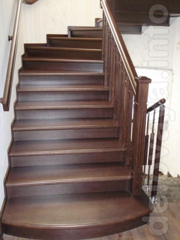 Изготовление деревянных лестниц под ключ из сухой древесины ясеня, со