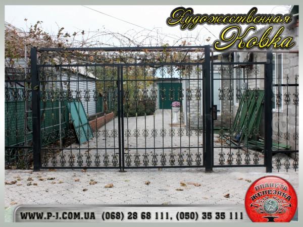 Гаражные кованые ворота под заказ, любого размера. Быстрое и качестве
