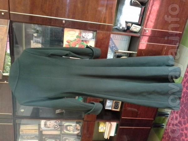 Продам пальто драповое демисезонное длинное , мало б/у, красиво подче