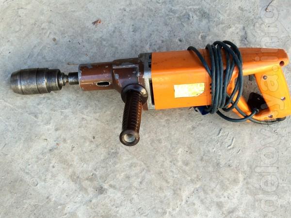 Дрель электрическая 420 Вт, производства СССР (знак качества). Цена 6