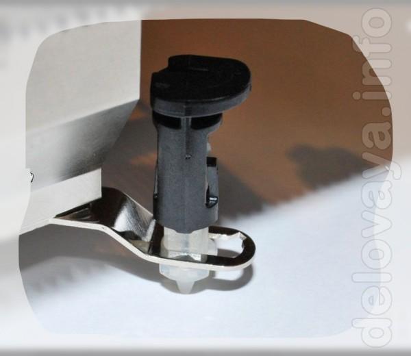 Абсолютно Новые ножки (защелки, клипсы) для кулера (охлаждения) Intel