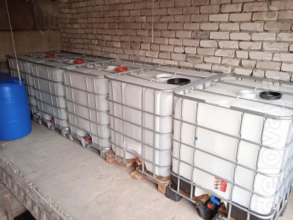 Продам кубы объем 1000 литров состояние новых (заливная горловина и с