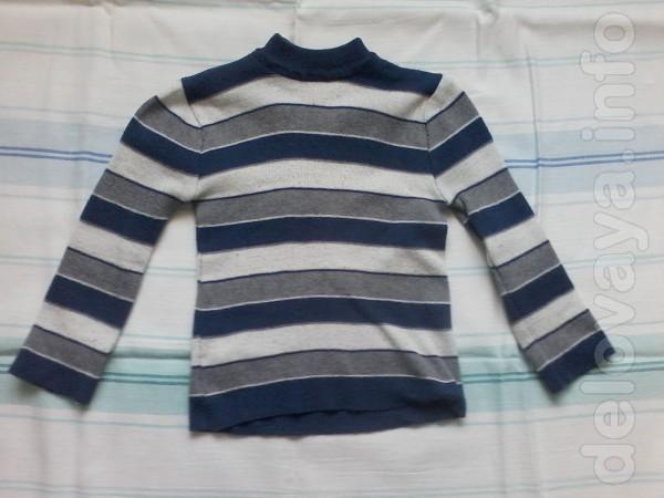 Продам свитер б/у на мальчика от 3-х до 5-ти лет.