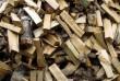 Дрова пиляные и колотые  Твердые породы: - акация, - ясень   Мягк