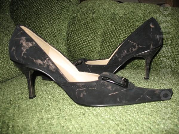 Туфли женские р.40. (маломерки). Б/у один раз, покупала на торжествен