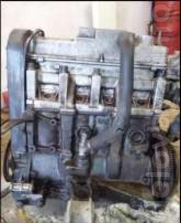 ВАЗ 21083  :  КПП-5-ти ступ (треснута после ДТП) и двигатель 083   ,с