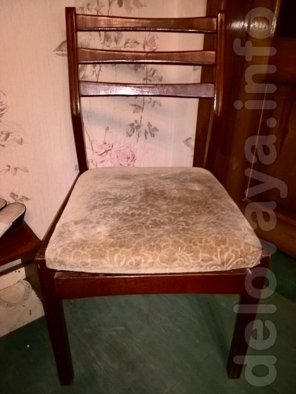 Продам 2 стула,состояние хорошее.