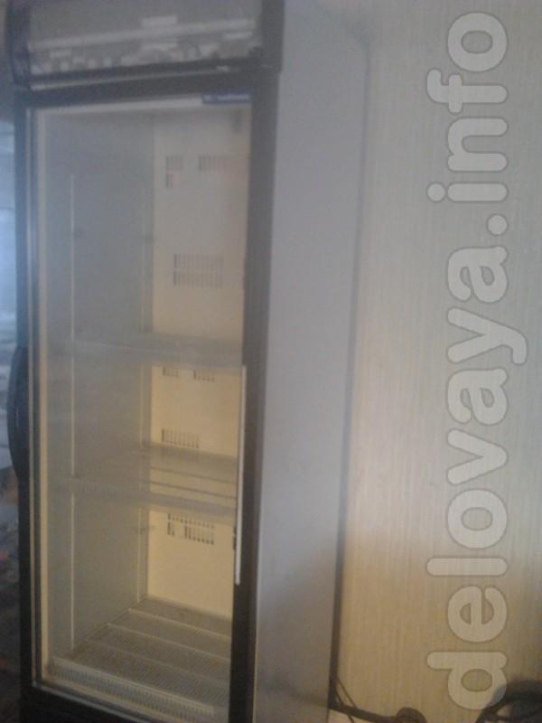 Холодильный шкаф ( мало б/У)  Ice Stream.Medium. 600 л. Под соки, нап