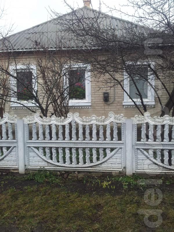 Продам  дом в р-не Красной деревянный обложен кирпичом, жилое состоян
